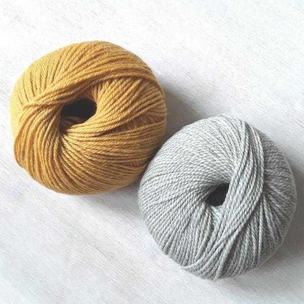 Zwei Farben Wolle